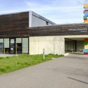 "Hauptgebäude, ""Heuwiese"""