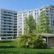 Kantonsspital BL, Liestal, mit Spitalkirche vorne